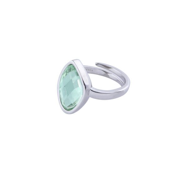 Silver ring with green stone |